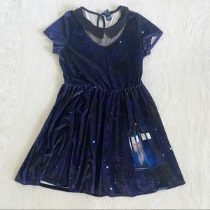 Hot Topic doctor who galaxy velvet dress size XL